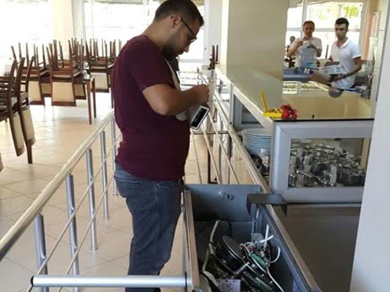 Turnikeli Yemekhane Kontrol Sistemi